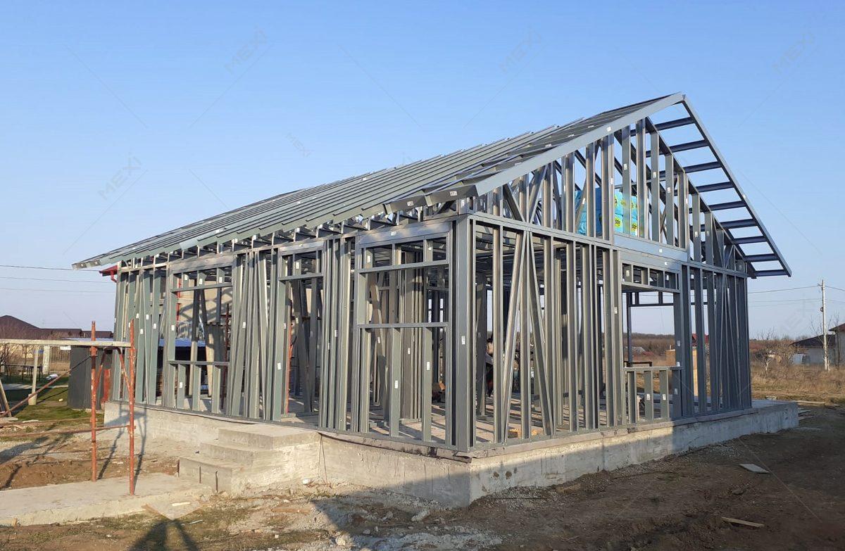 casa parter pe structura metalica usoara