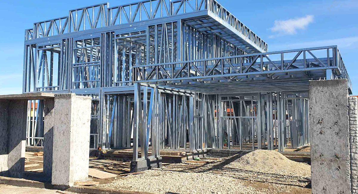 constructie casa moderna cu etaj